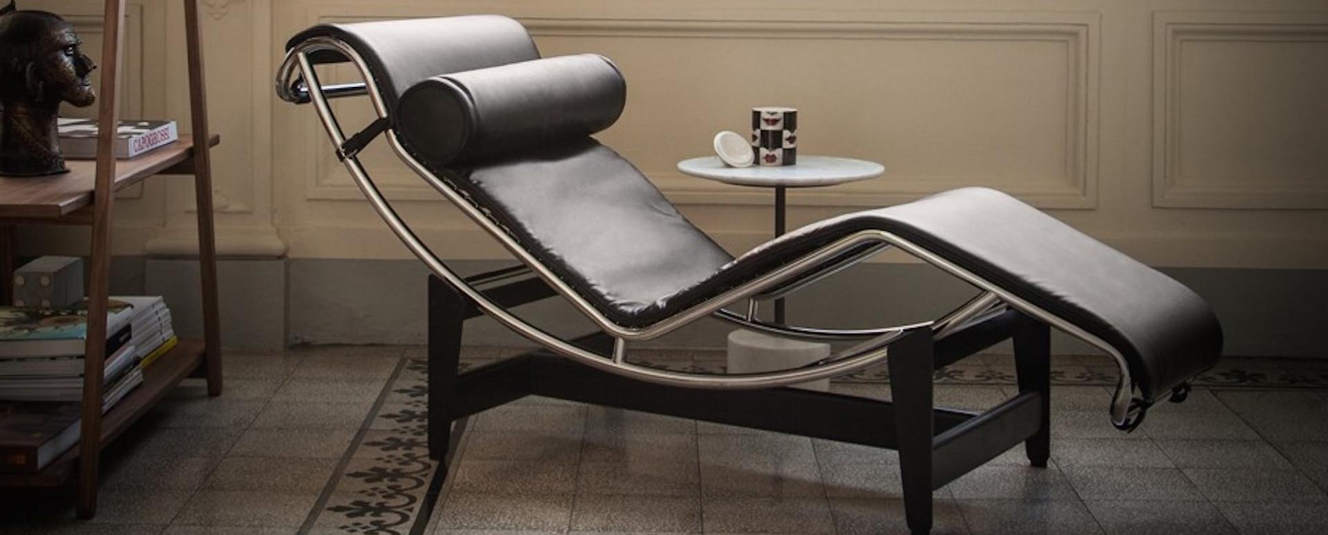 La chaise longue LC4