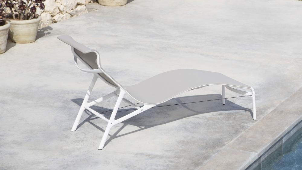 Frame Outdoor Lounger